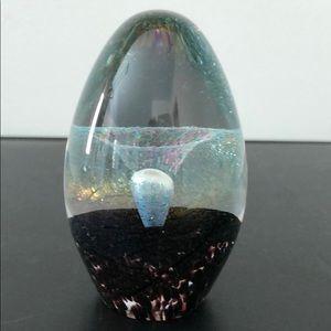 EICKHOLT ART GLASS COLLECTORS EGG PAPERWEIGHT